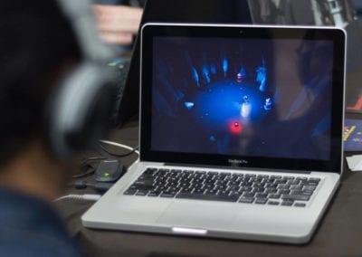 Apresentação de projeto no curso de Jogos Digitais no Centro Tecnológico Positivo, em Curitiba/PR (BeLudic Games / Foto: Emmanuel Alencar Furtado)