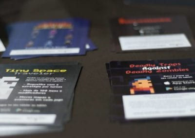 Creation of project advertising material (flyers) presented in the course of Digital Games at the Positivo Technological Center in Curitiba/PR (BeLudic Games/Photo: Emmanuel Alencar Furtado)